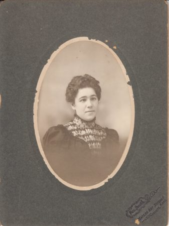 Photo by Mrs. M. E. Mater-Smith (Courtesty McIntyre-Culy collection)