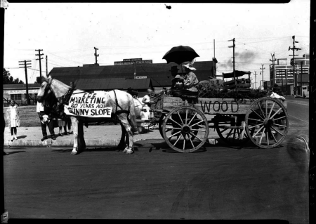 1929 Idaho Egg Producers Float, Caldwell, Idaho. Photo by the Snodgrass Studio, Neg#12362 (contact print courtesy College of Idaho)