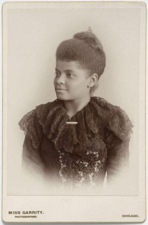 Photo of Ida Bell Wells-Barnett by Miss Garrity, Chicago. [National Portrait Gallery, Smithsonian Institution]