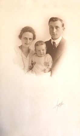 Libby Art Studio, Photo of a couple with baby (McIntyre-Culy Collecton)