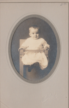 Photo of a baby in a chair, by Miss Libby (McIntyre/Culy Private Collection