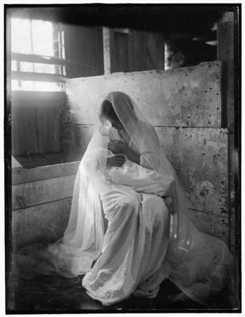 Gertrude Käsebier's photo used as the basis for The Manger, 1899